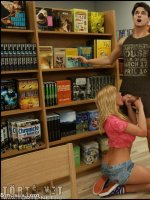 Skyla a könyvtárban