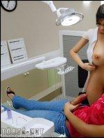 Dickgirls 5. rész - Dina és Gisela - 7. oldal