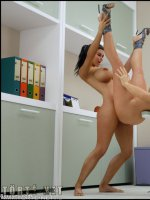 Dickgirls 5. rész - Dina és Gisela - 47. oldal